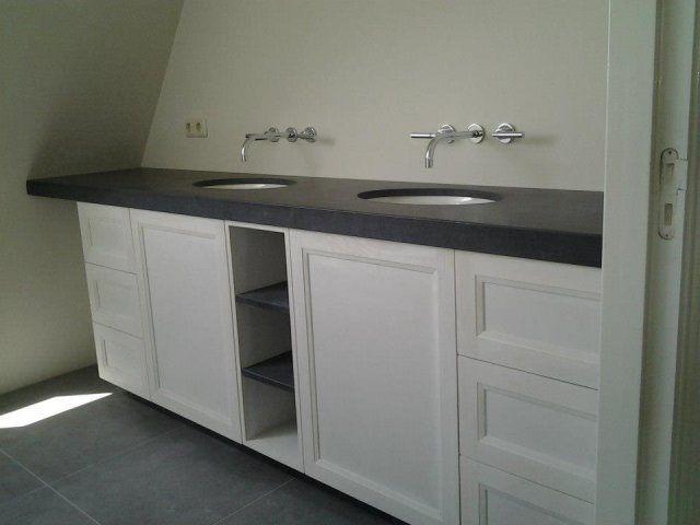 badkamermeubel-natuursteen-geplaatst2