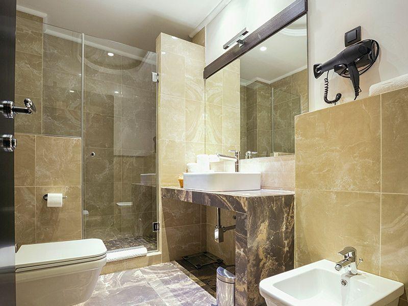 badkamers-van-natuursteen