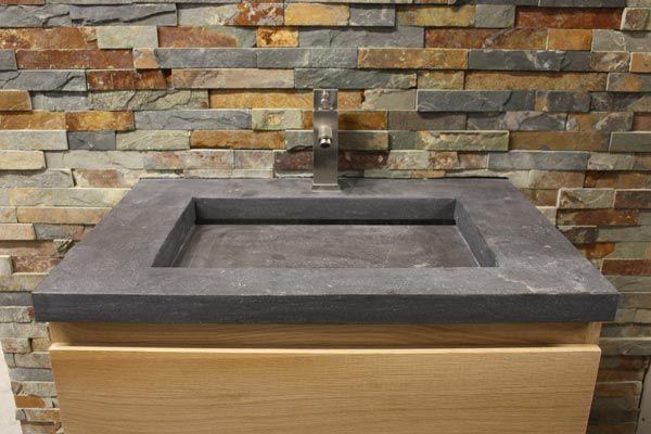 De jong natuursteen badkamers vloeren en keukens te gorredijk